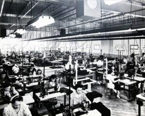 L'industrie textile, c'est du high-tech! Ce n'est plus la « shop » de couture de votre grand-mère!